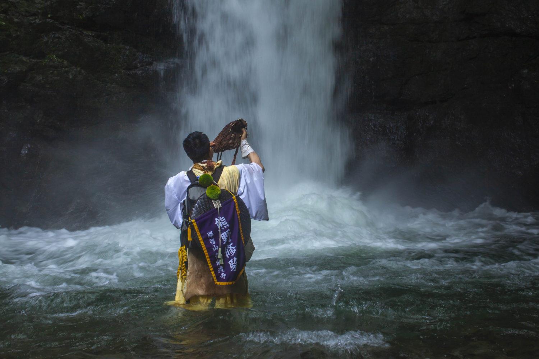 <和歌山市>熊野修験 再興33周年 記念写真展